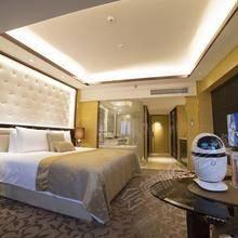 智能机器人管家房