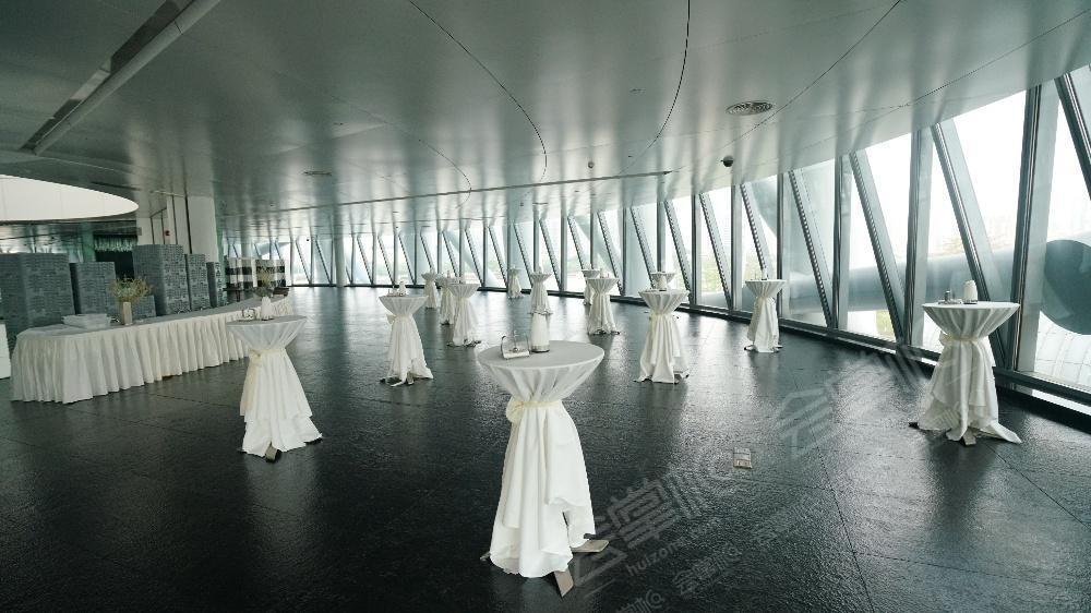 广州塔动态:活动场地在广州塔的二层庆典大厅,是一个很棒的千人厅,而且环境