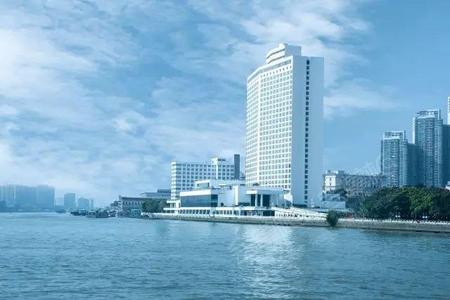 广州市白天鹅宾馆--首批五星级酒店
