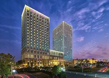 武汉保和皇冠假日酒店