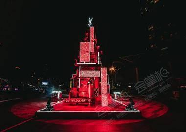 YSL圣誕'出位派對'