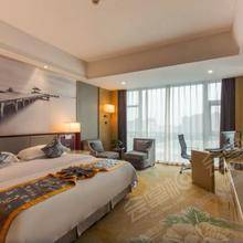 A座高级大床房
