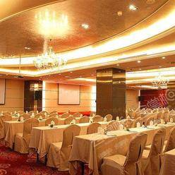广州200-300人的会议室价格一般会要多少钱?