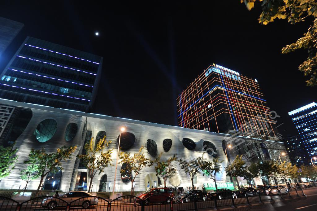 喜玛拉雅露天广场