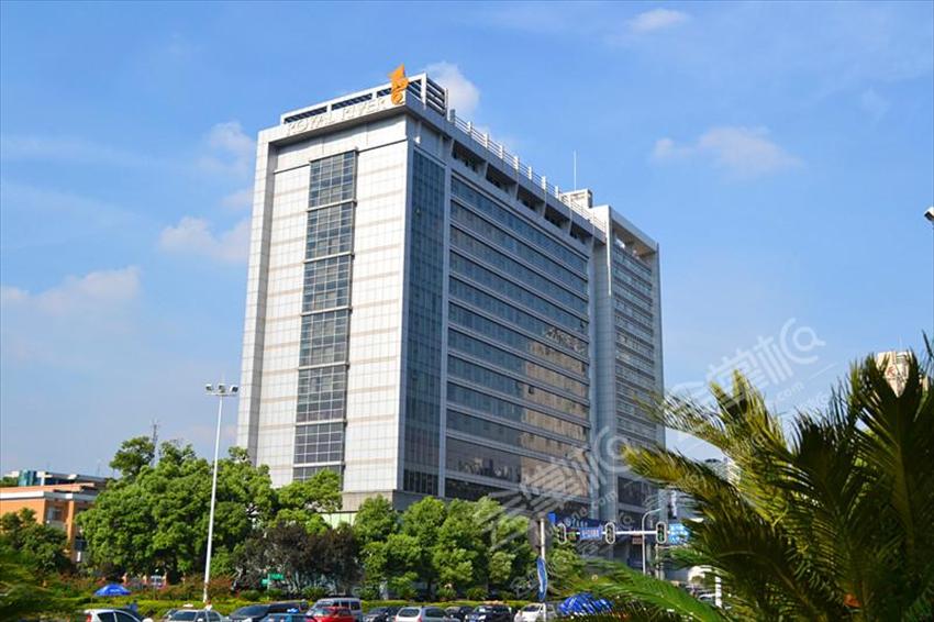 长沙工作总结会场地,200人会议酒店推荐:长沙雅尊戴斯酒店