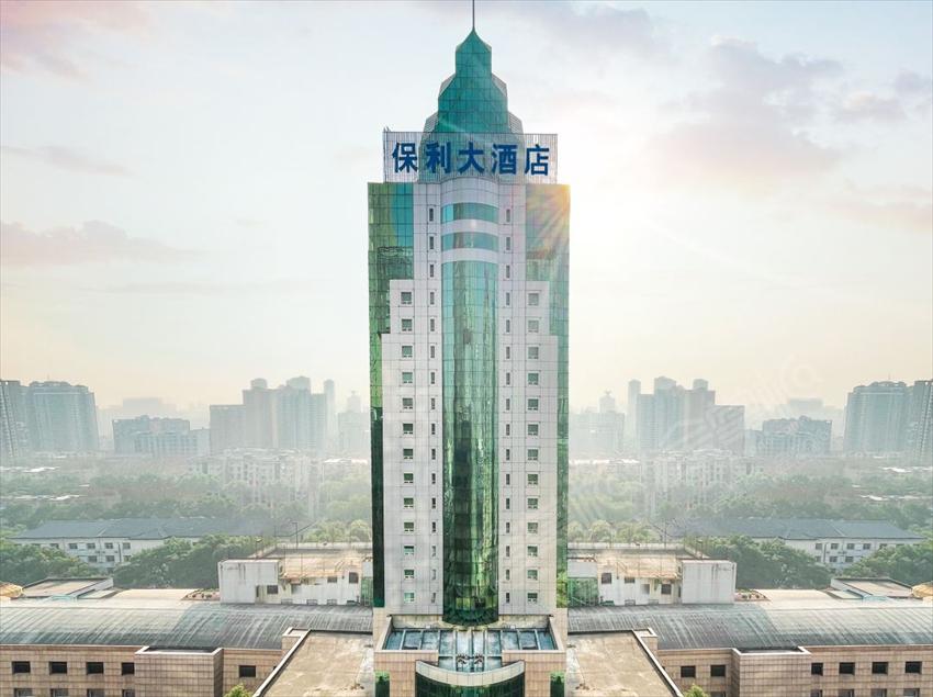 武漢500人經銷商會議場地,五星級會議酒店預訂:武漢保利大酒店