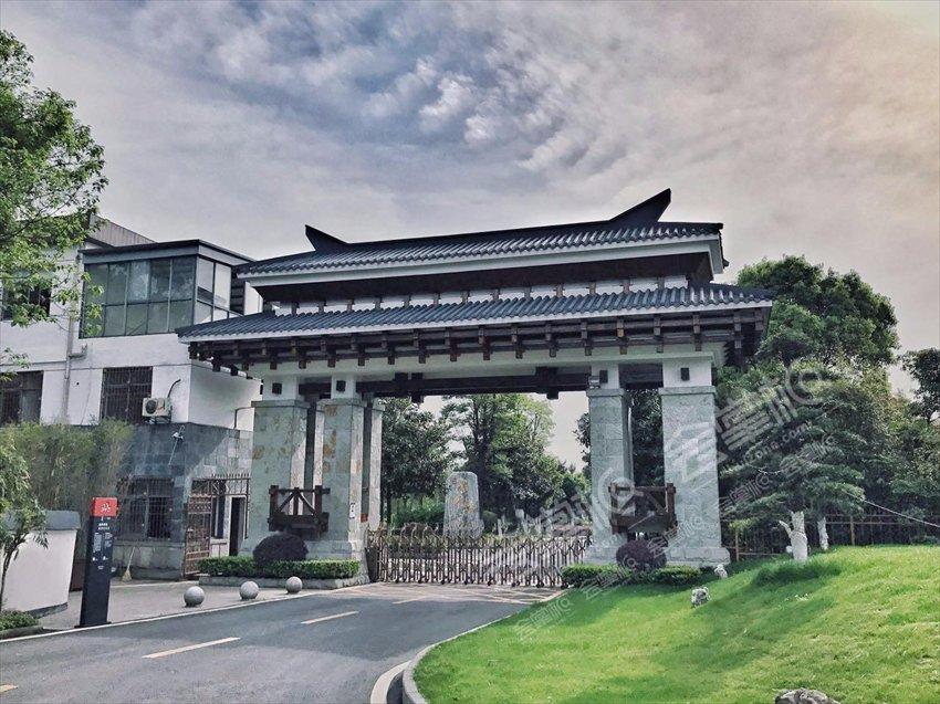 武漢600人年會場地,大型招商推介會場地預訂:武漢濮錦酒店