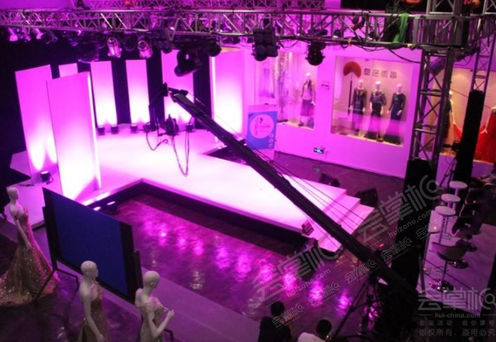 时尚发布中心3楼俱乐部单独会议室