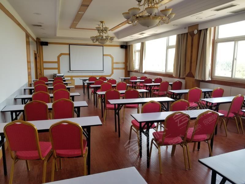 三亚80人工作总结会酒店预定 三亚中小型场地 三亚场地推荐