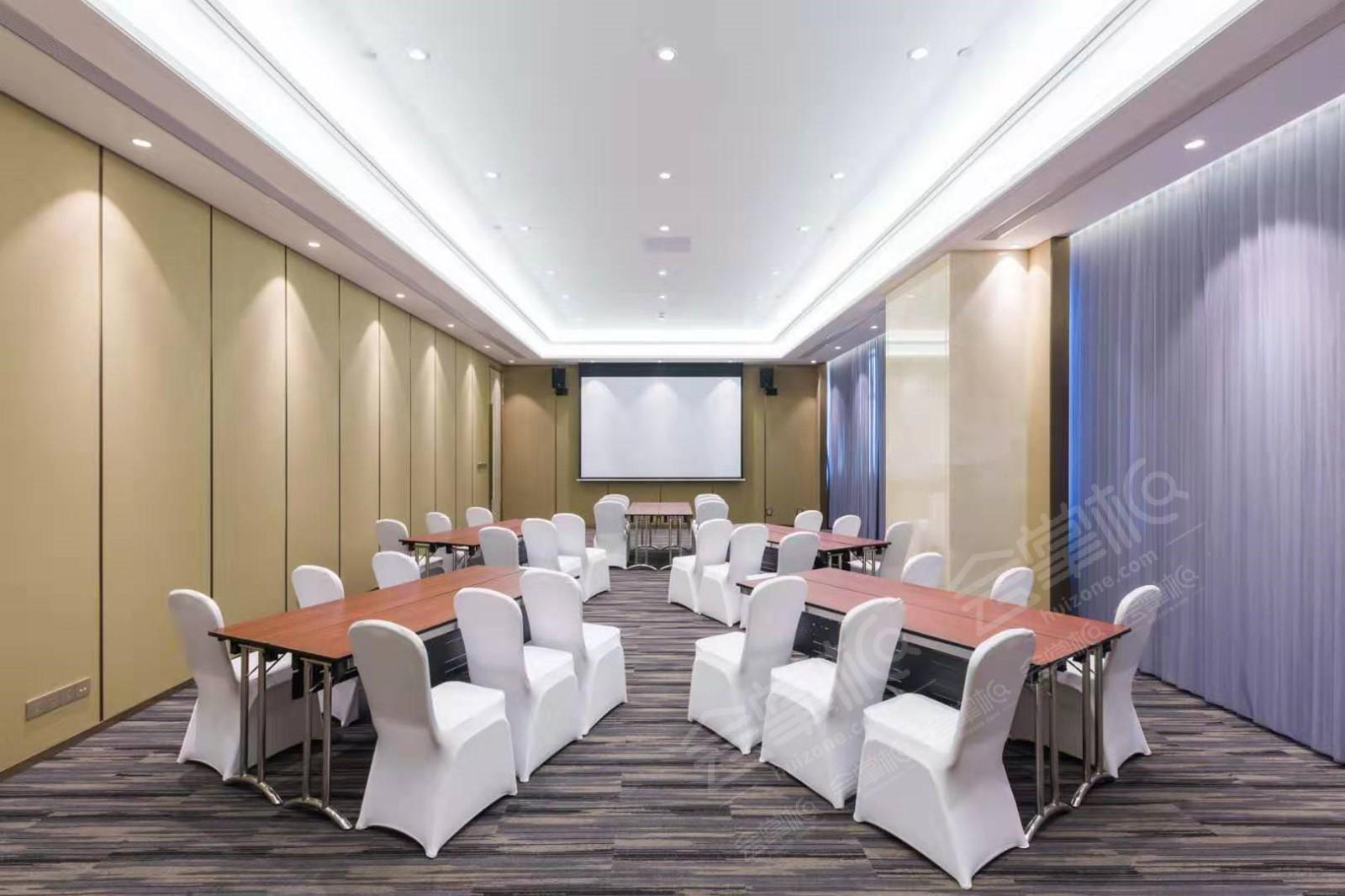 西安能容纳500人以上的四星级会议酒店推荐 西安会议场地