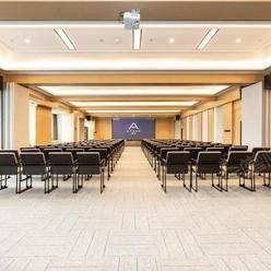 三亚能容纳100-200人的四星级会议酒店推荐 三亚会议场地 三亚百人场地 中小型会议场地