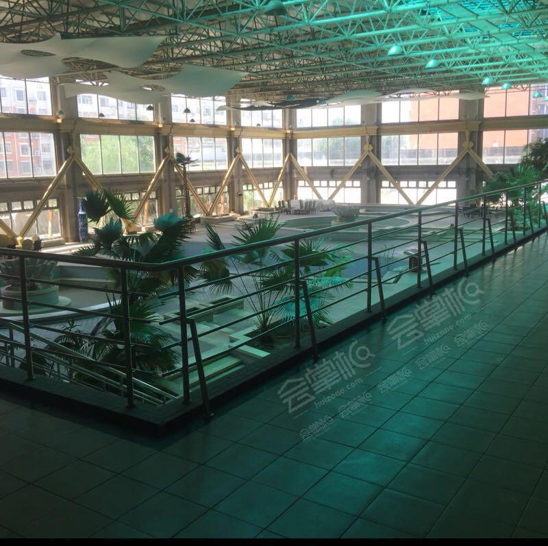 西安能容纳100-200人的四星级会议酒店推荐