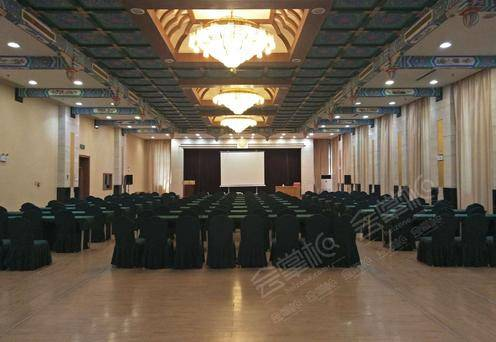 会议厅一楼