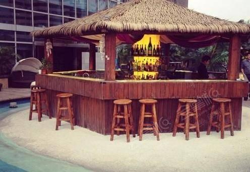 巴厘空中海滩酒吧(Bali Courtyard Bar)