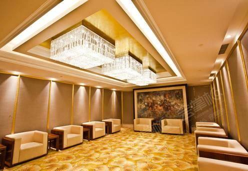 上海世贸商城金色大厅