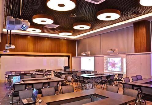 奥鹏教育会议室