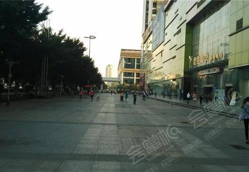港隆城购物中心