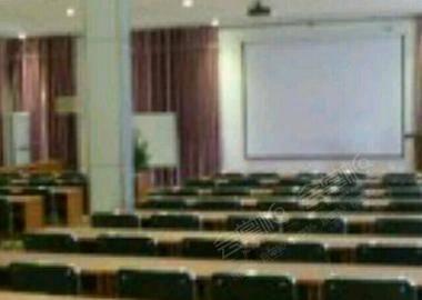 四楼大型会议室