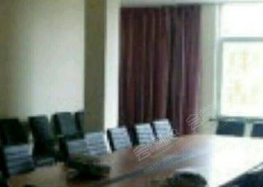 圆桌式会议厅