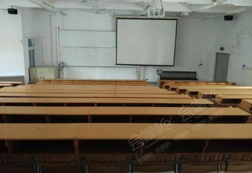 成教楼阶梯教室