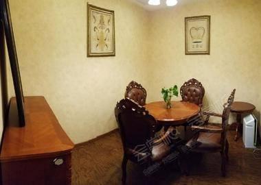 圆桌议事厅