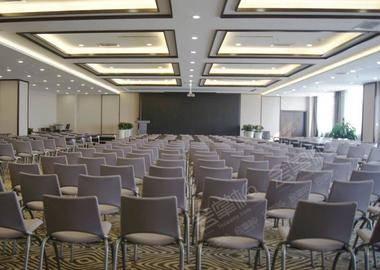 九层多功能会议室