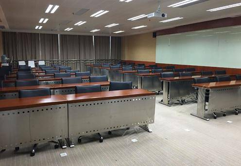 T204教室