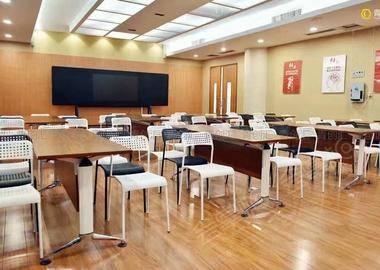 青创汇3楼会议室