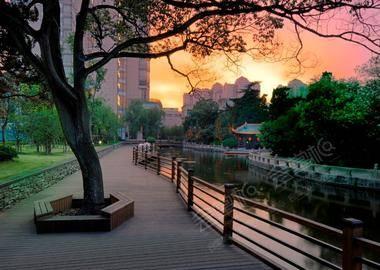River Promenada 河畔