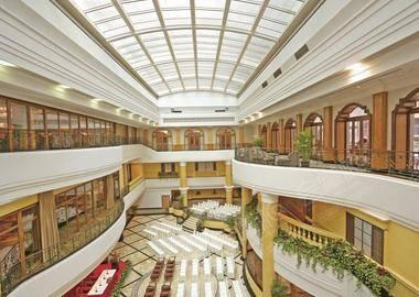 Atrium Ballroom 中庭宴会厅