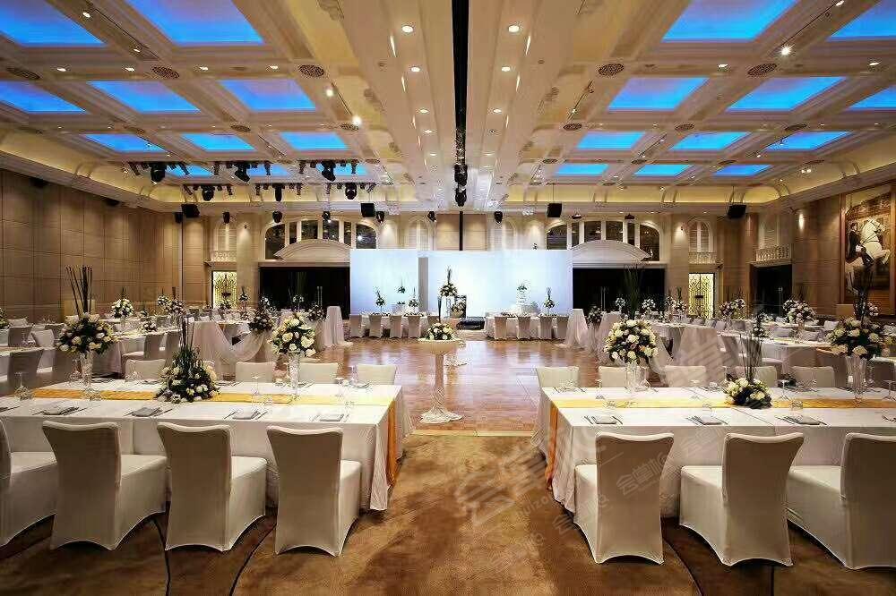 西班牙宴会厅2