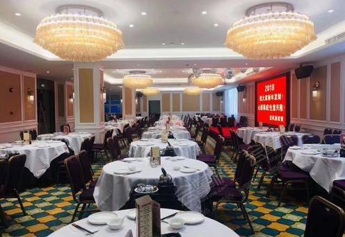 鼎龙中餐宴会厅