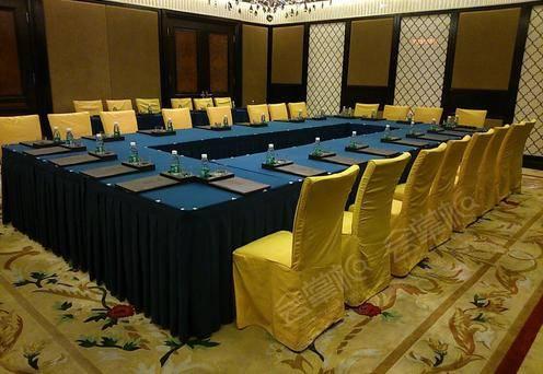 金牛座会议室