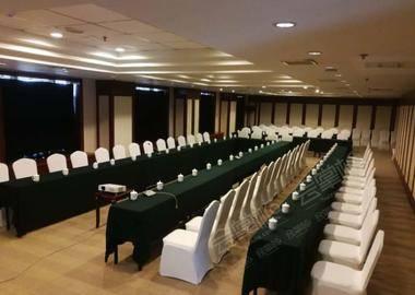 四层中型会议室