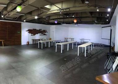 二楼会议室(源兴店)