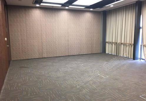 小会议厅3*2个