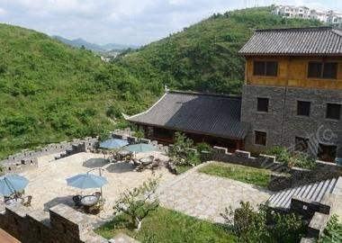 贵阳花溪青岩堡民族风情度假酒店