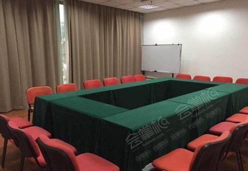课训会议室