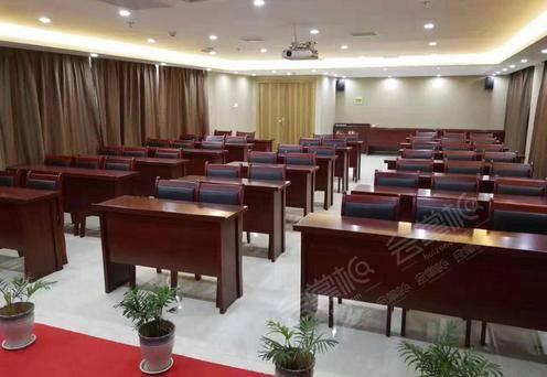 会议室80-100人