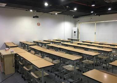 沪太路-培训机构教室1