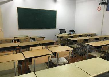 沪太路-培训机构教室3