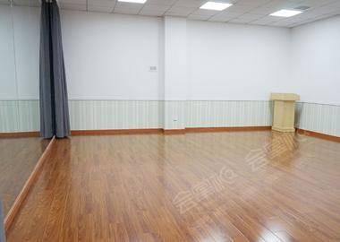 崮山路 - 舞蹈房