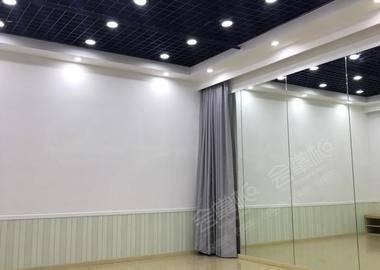 本溪路 - 大舞蹈房