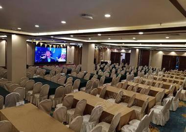 龙福厅多功能会议室