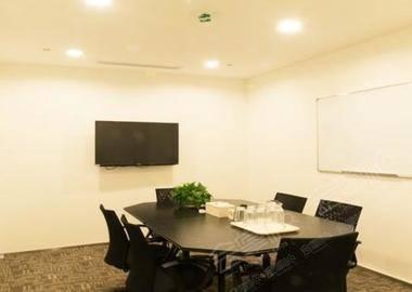 联创国际-凤城会议室