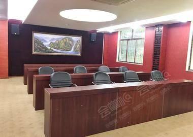 盈丰路-小隔间会议室