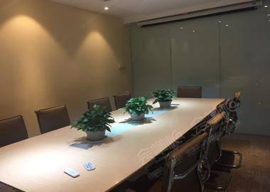 圣爱大厦-15人会议室