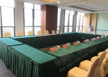 会议室203