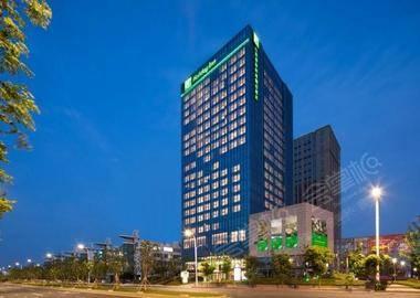 南京翠屏新港假日酒店